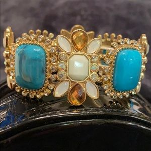 🆕NWT Stunning Bracelet Turquoise, White, Crystals